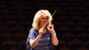 Dirigentin Junges AGV Orchester München